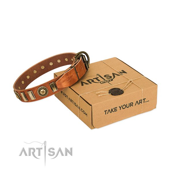 Strong natural leather dog collar with rust-proof buckle