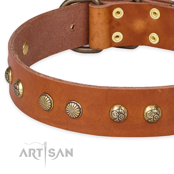 Natural genuine leather collar with durable buckle for your lovely doggie